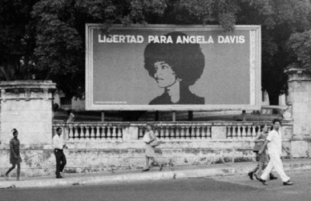 angela-davis-poster-in-havana1971